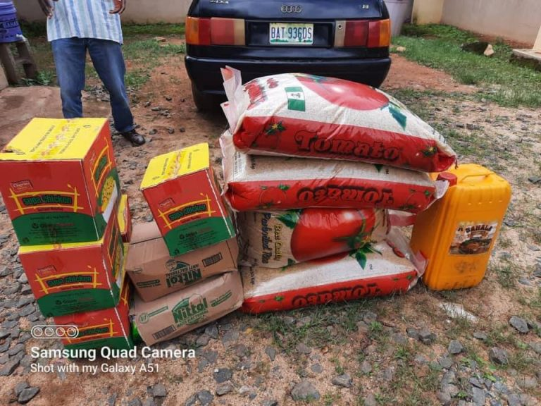 RADi delivered relief materials to the Rahama camp in Zonkwa.